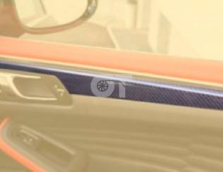 Вставки в двери Mansory для Porsche Macan