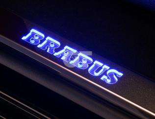 Внутренние пороги с логотипом BRABUS GT AMG C190